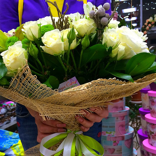 Цветы с доставкой в адлере
