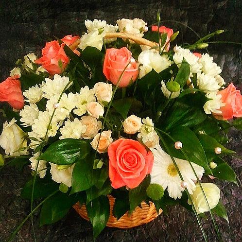 """Подарочная корзина цветов """"Восторг"""""""