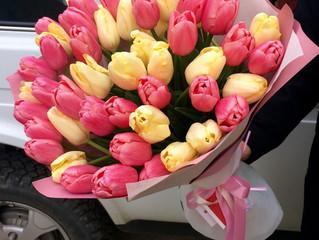 Доставка цветов в Адлере на 8 марта!