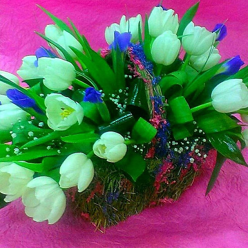 Тюльпаны с доставкой на день матери