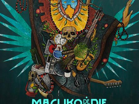 La banda de Rapsuramericano Macuko de a Pie, acaba de lanzar su primer single BRUJO KO 🎶