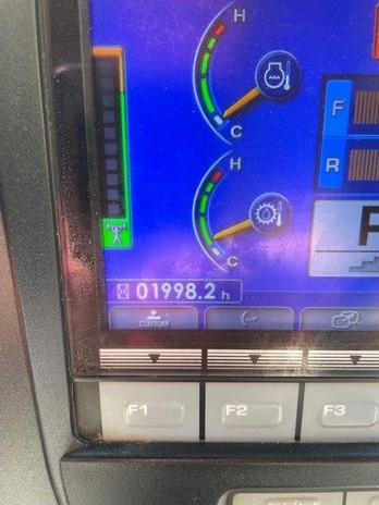 D51PX-24 B20575 (5).jpg