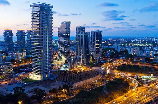 מונית גדולה בתל אביב