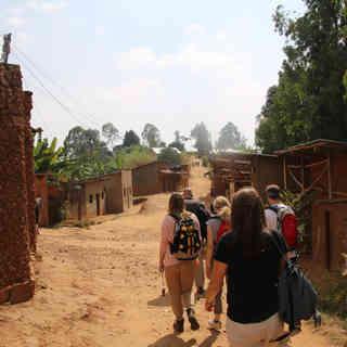 Durch die Dörfer.