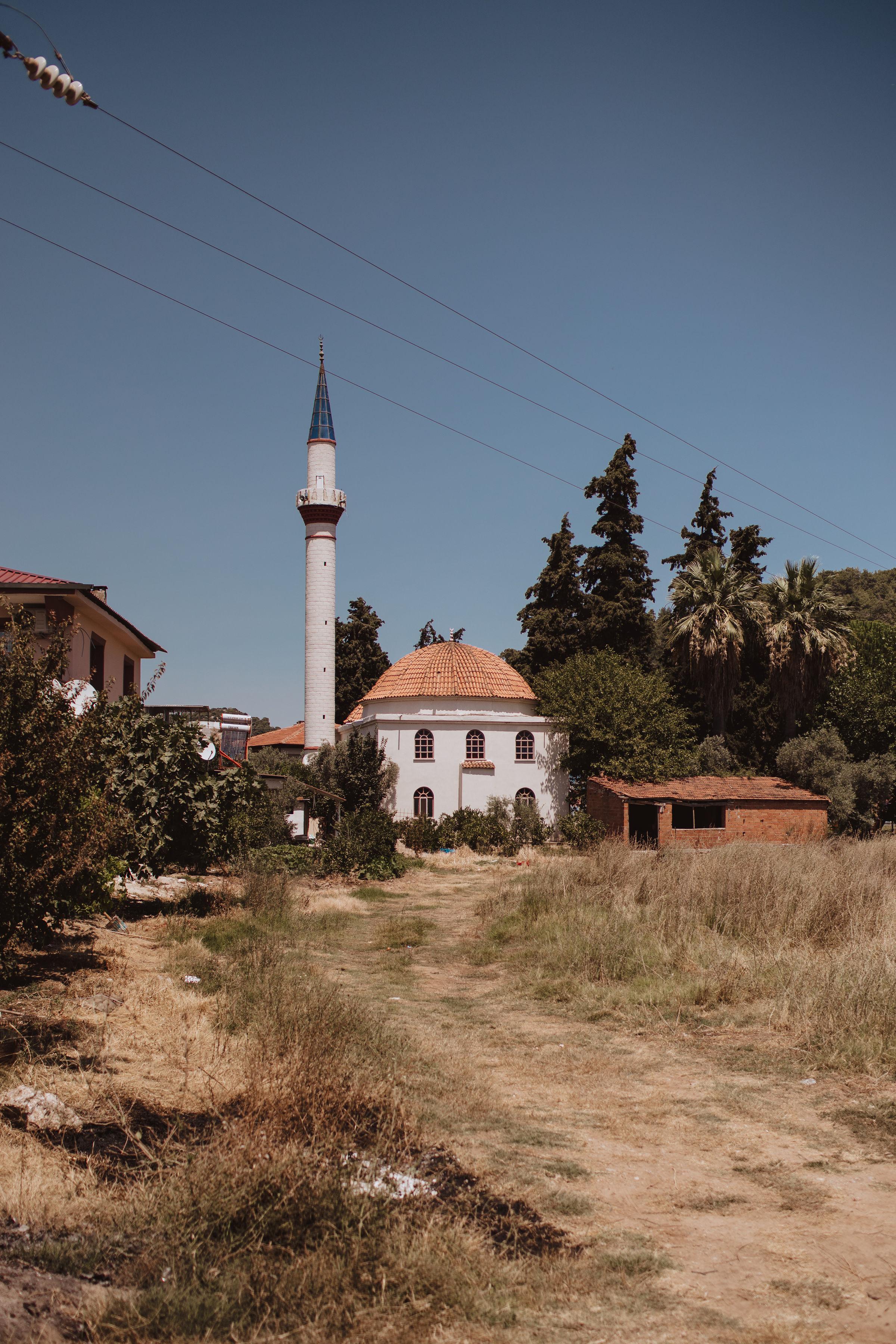 Zeytinköy Camii.