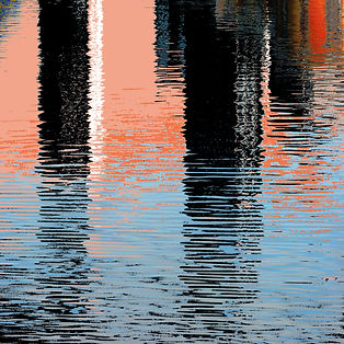 Canary Wharf reflection 3.jpg