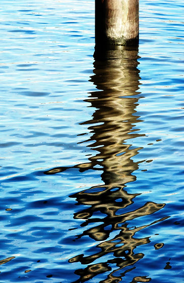 Lucy Cooper print River Thames reflection