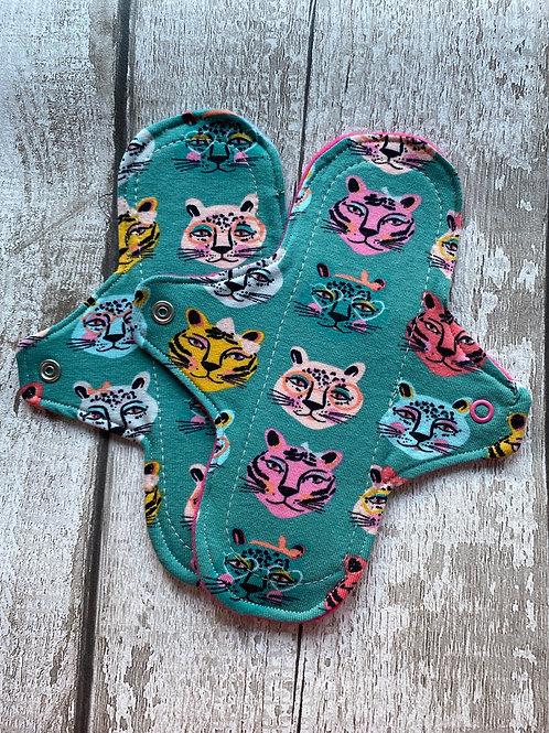 "Cloth Sanitary Pad 7"" Regular - Teal Tiger"
