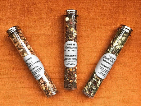 Tea Leaves Thursday: Hedge Witch Apothecary Fall Sampler Review