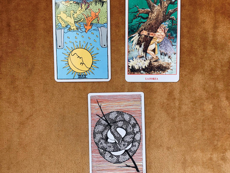 Tarot Tuesday: Lunar Eclipse Reading