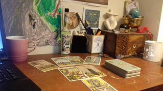 Connect with your tarot cards, every-time.