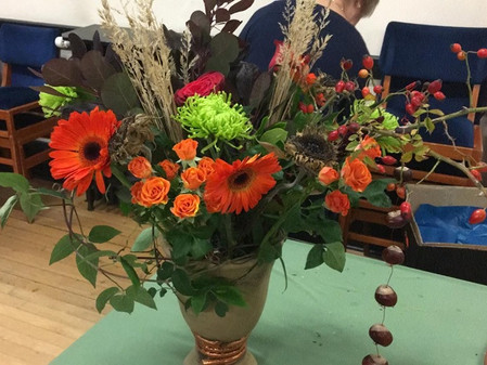 Monthly Meeting- Flower arranging