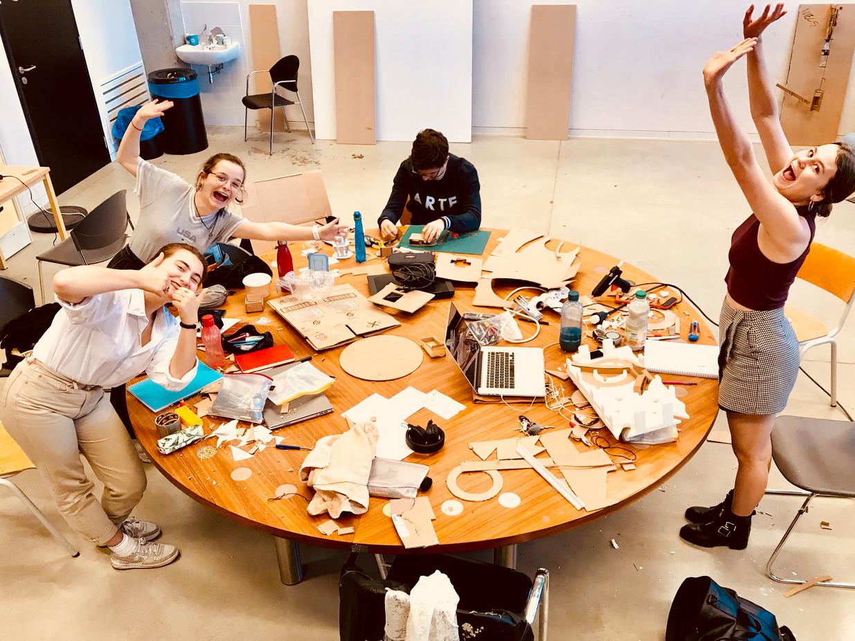 De opleiding Productdesign staat voor academisch onderwijs en onderzoek in het domein van Productdesign met een kritische en visionaire blik op de maatschappij. De opleiding Productdesign wil haar studenten en docenten stimuleren om geëngageerd, vernieuwend en vanuit hun eigen identiteit in te spelen op een snel veranderende context om sterk te staan in een multidisciplinair werkveld.