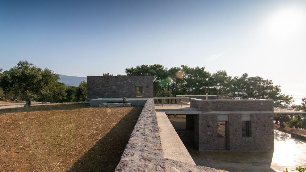 eXeliosis - Two Private Residences
