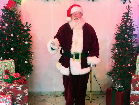 Come see Santa at Bellinger's