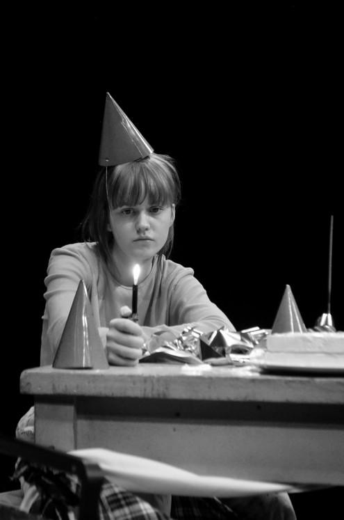 Markella Kavenagh as Maggie