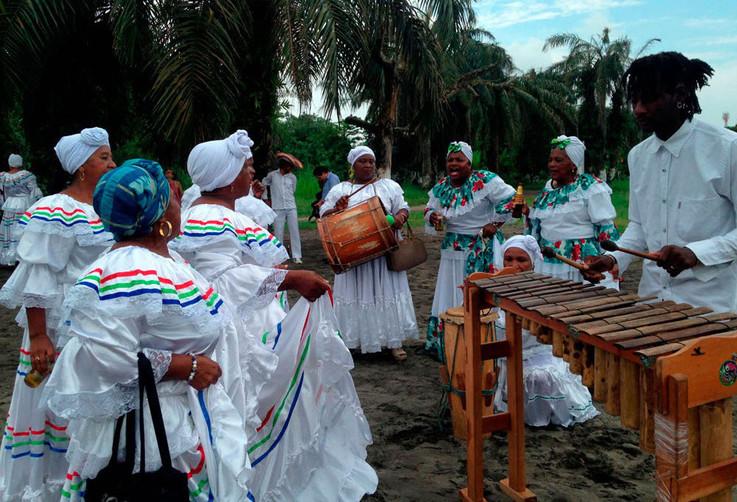 Cantadoras de Esperanza y Paz 2.