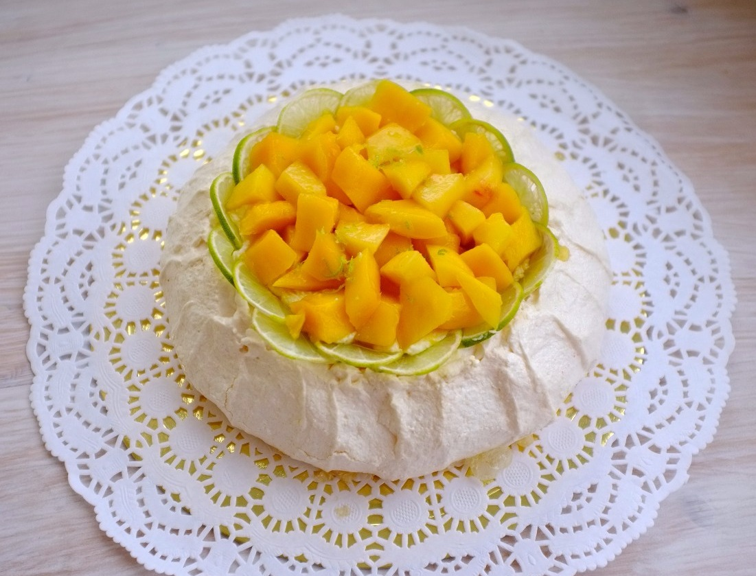 """десерт """"Павлова"""" манго"""