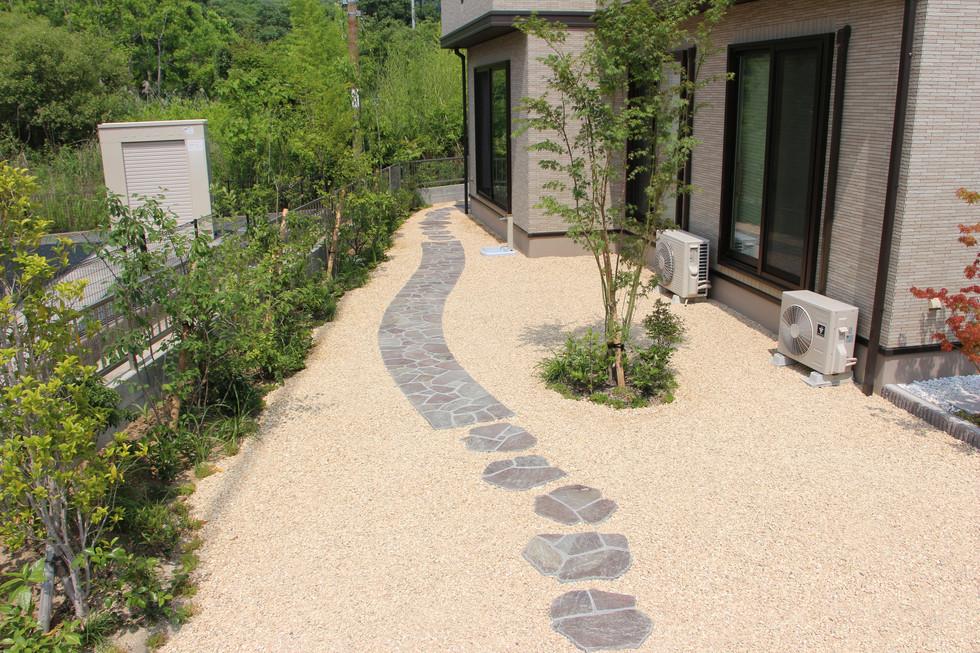 05/26 曖昧な境界線 ガーデン工事