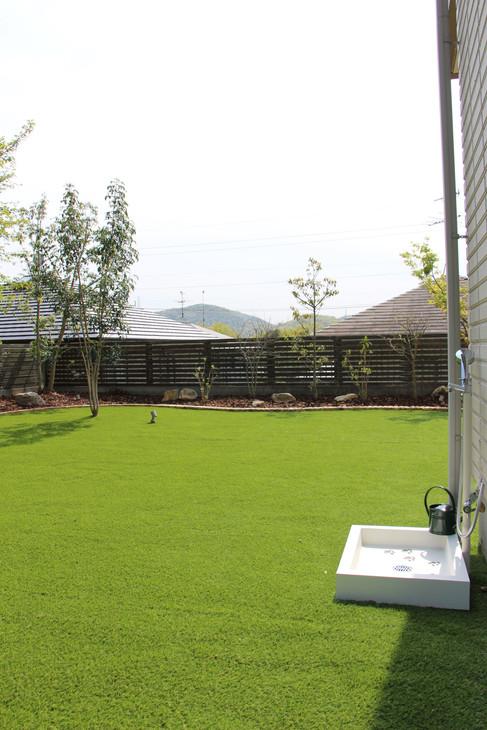 08/23 愛犬たちと過ごす庭 ガーデン工事