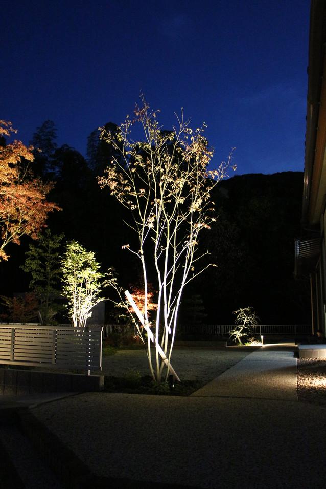 26/30 ゆったりと構える ガーデン工事(リノベーション)