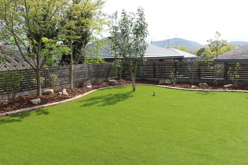 03/23 愛犬たちと過ごす庭 ガーデン工事
