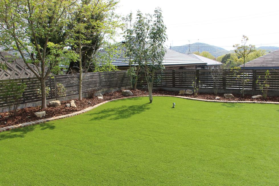 04/23 愛犬たちと過ごす庭 ガーデン工事