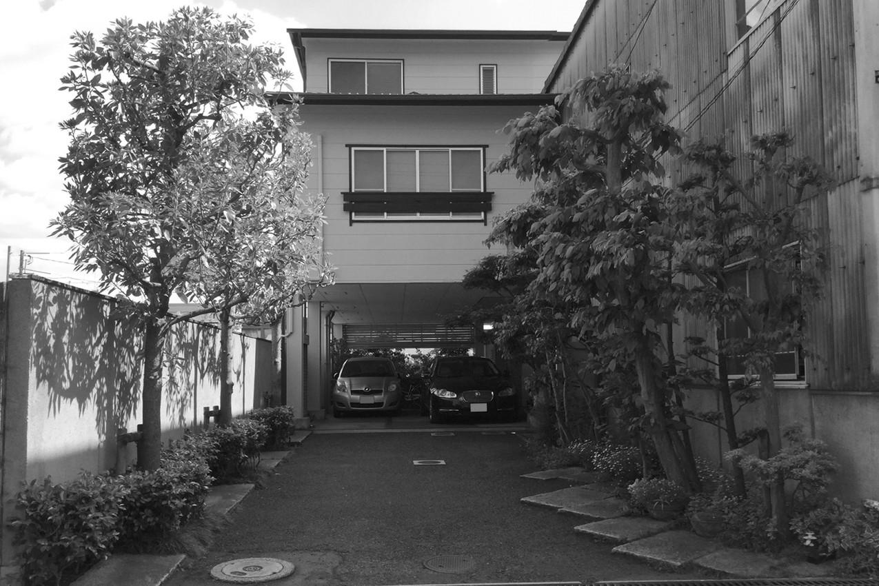 17/17 木々をくぐって ガーデン工事(リノベーション)