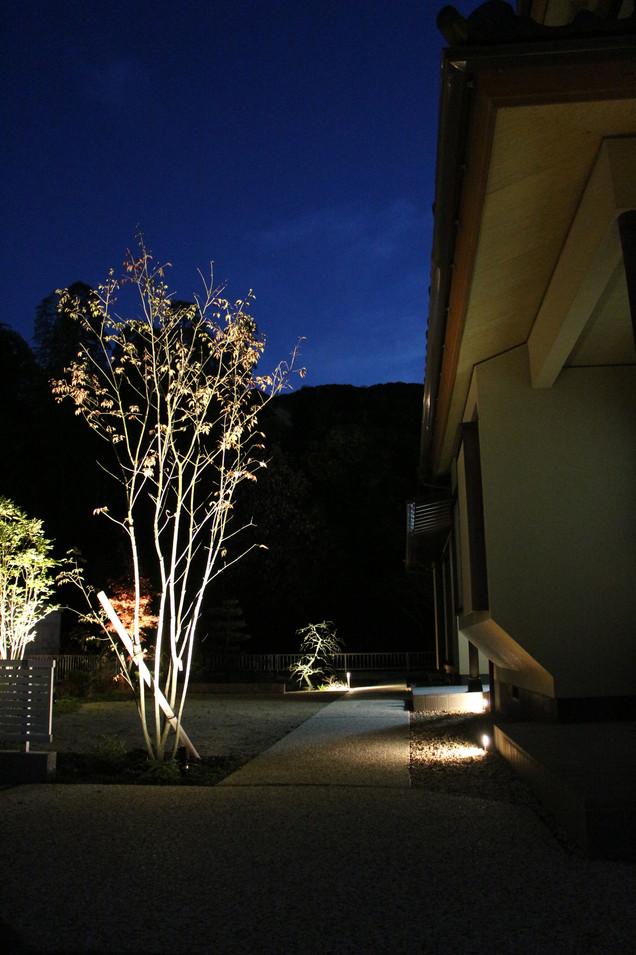24/30 ゆったりと構える ガーデン工事(リノベーション)