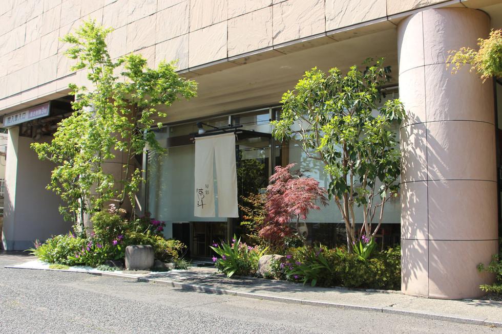 07/14 紅葉をくぐって ガーデン工事(リノベーション)