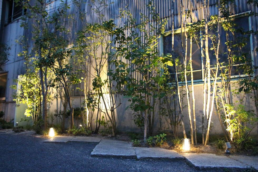 07/17 木々をくぐって ガーデン工事(リノベーション)
