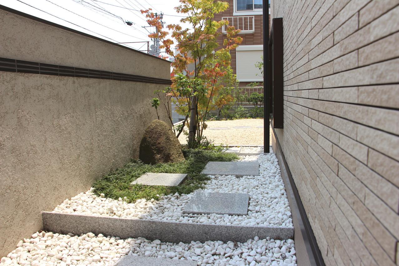 26/26 曖昧な境界線 ガーデン工事