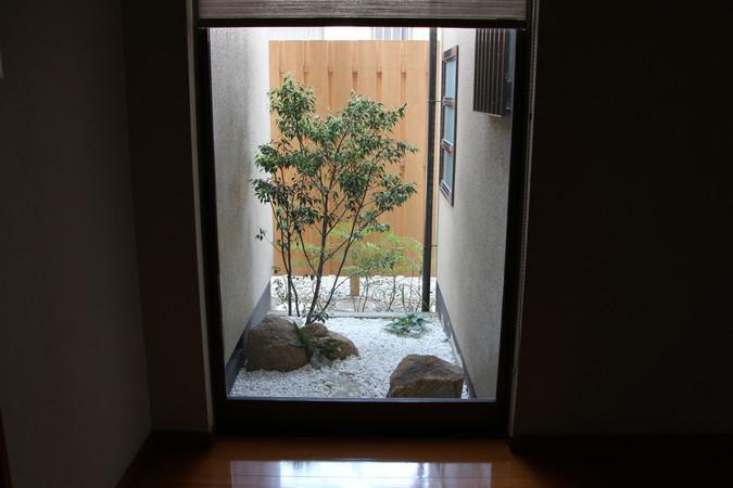 02/14 日常と非日常の狭間 ガーデン工事