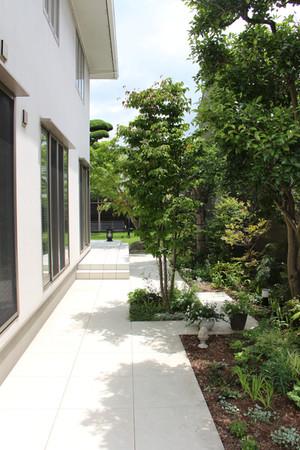 04/26 団居(まとゐ)の庭 ガーデン工事(リノベーション)