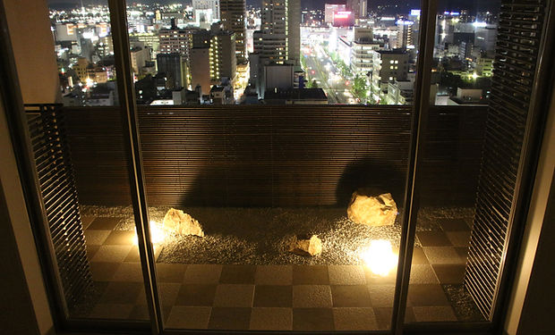 石畳文様の庭