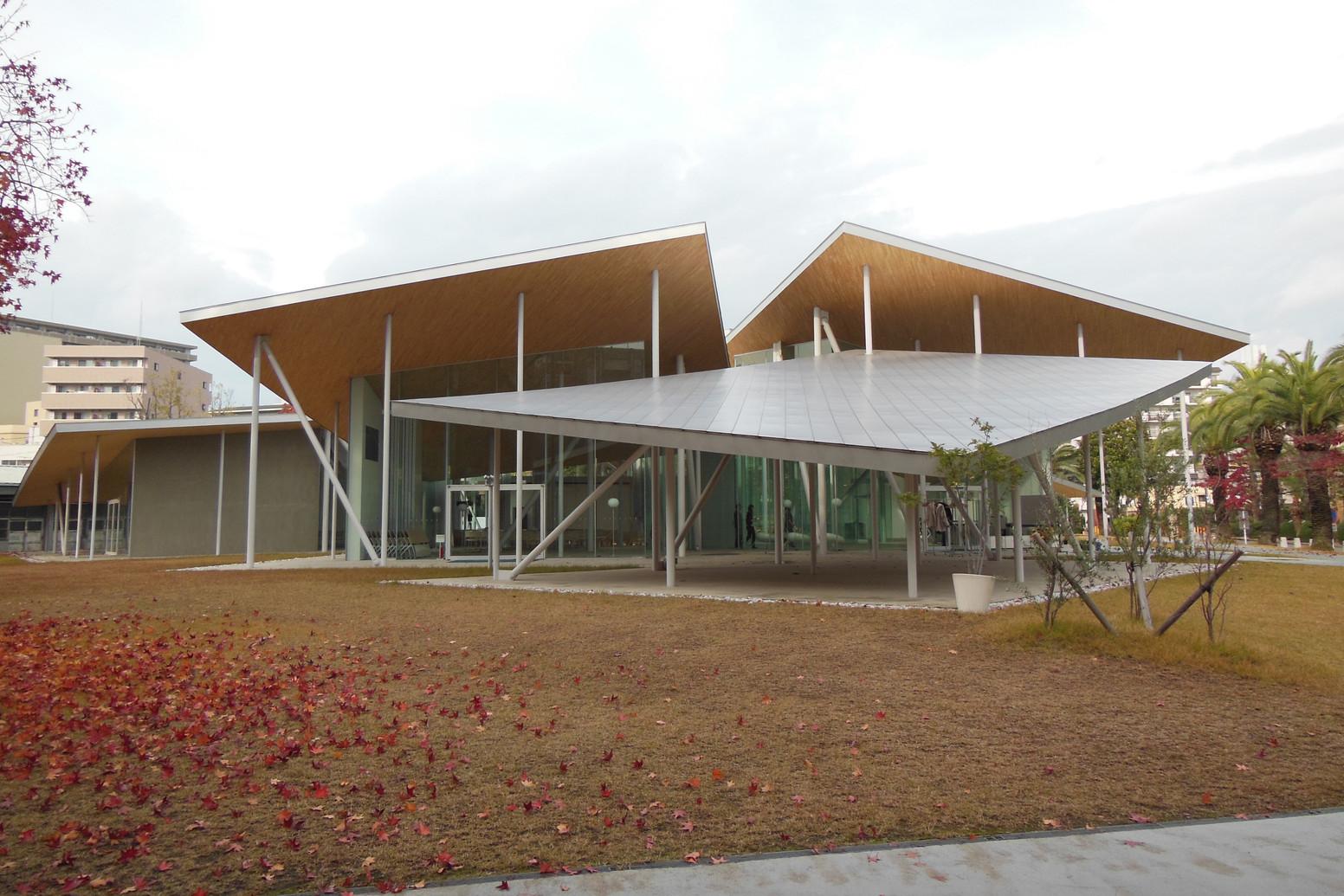 県内の良い処、建築家による大学施設へ