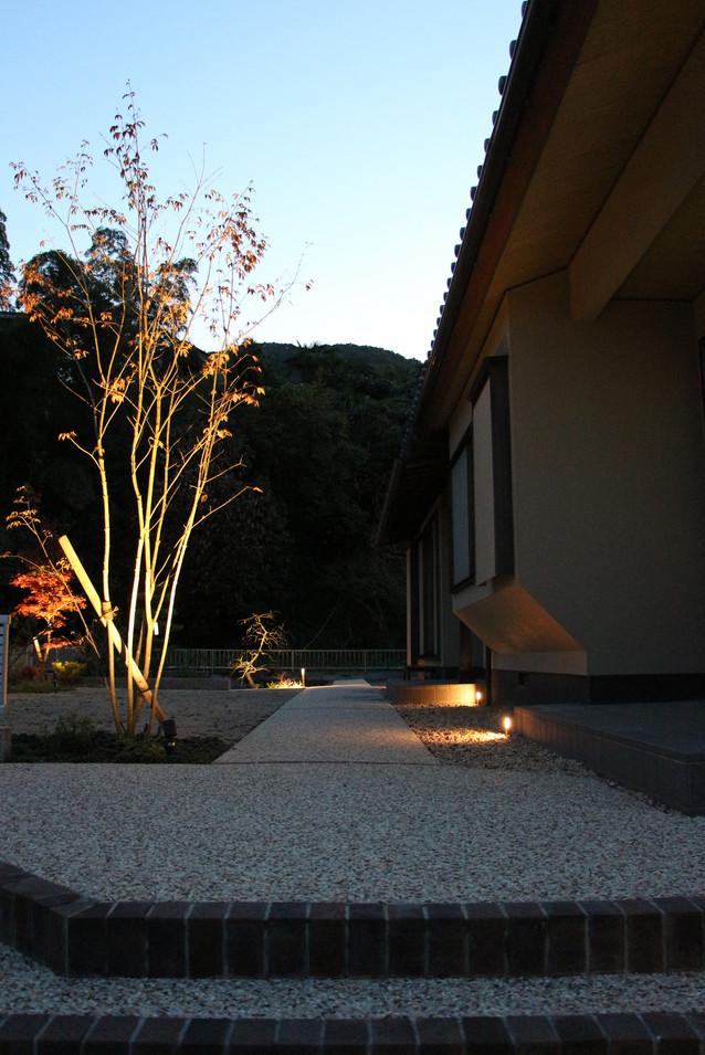 23/30 ゆったりと構える ガーデン工事(リノベーション)