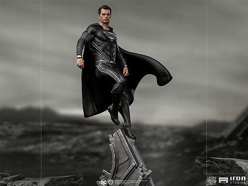 ZACK SNYDER'S JUSTICE LEAGUE ART SCALE SUPERMAN BLACK SUIT (ESTÁTUA)