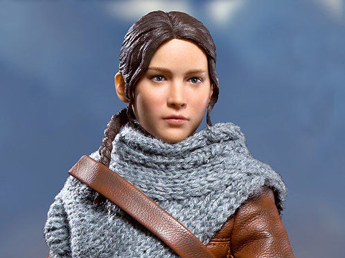 THE HUNGER GAMES CATCHING FIRE MFM KATNISS EVERDEEN HUNTING VER. (ACTION FIGURE)
