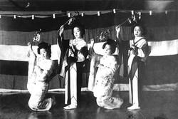 Around 1932_Geisha are dancing,accompanied with the special song and music called _Nara Ko-uta__