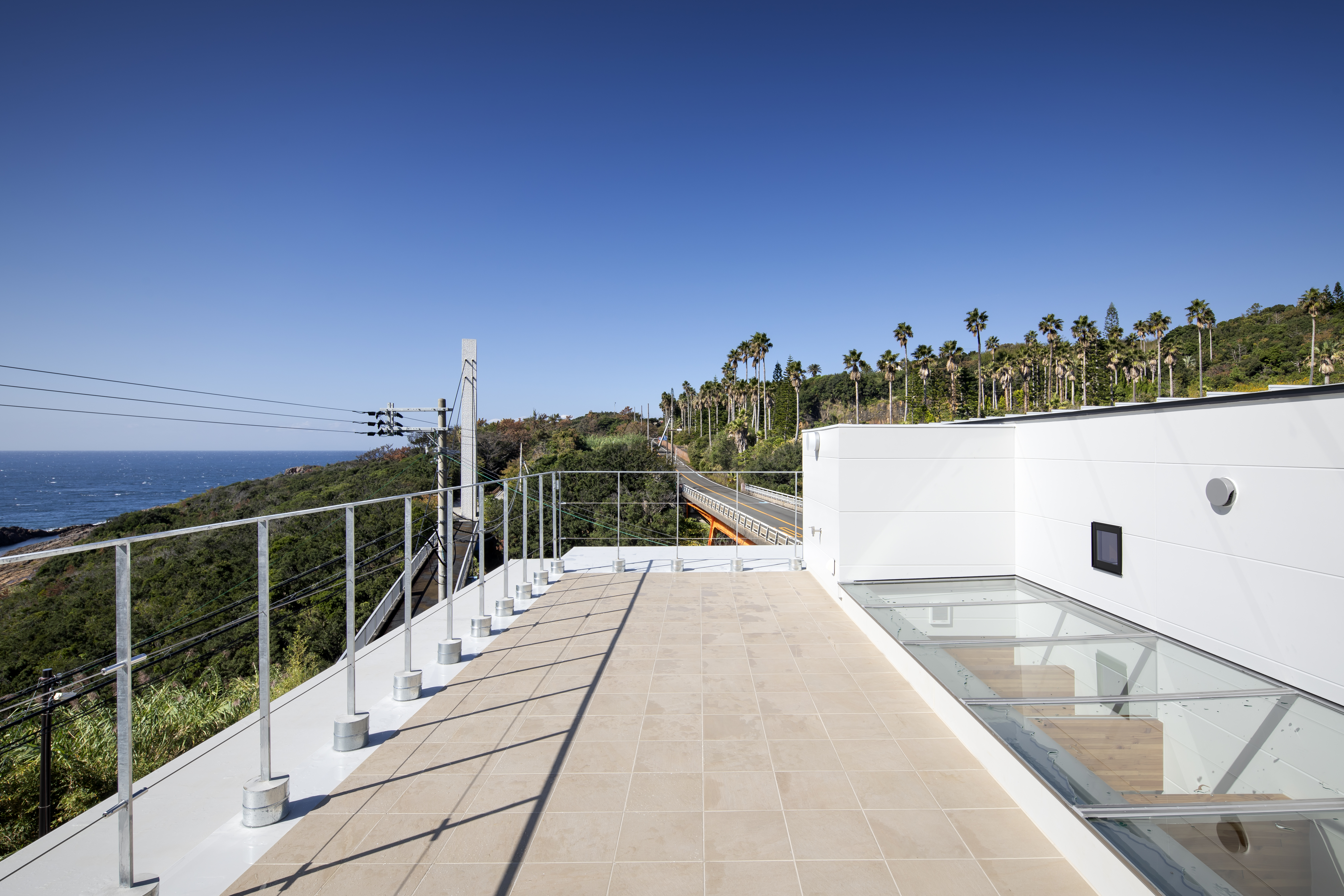 Roof Terrace with glass roof