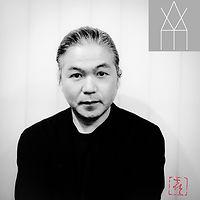Yoshiaki Yamas hita ロゴ+篆刻.jpg
