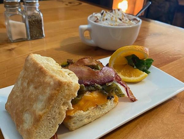BreakfastSandwich.jpg