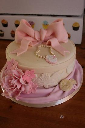 vintage dream cake