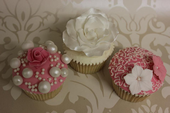 Mothers day deluxe Cupcakes