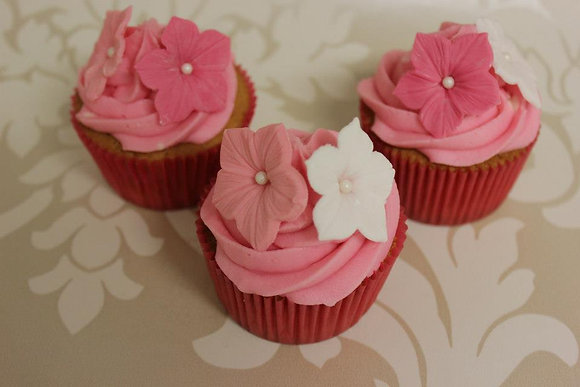 Pink flower mothers day Cupcakes