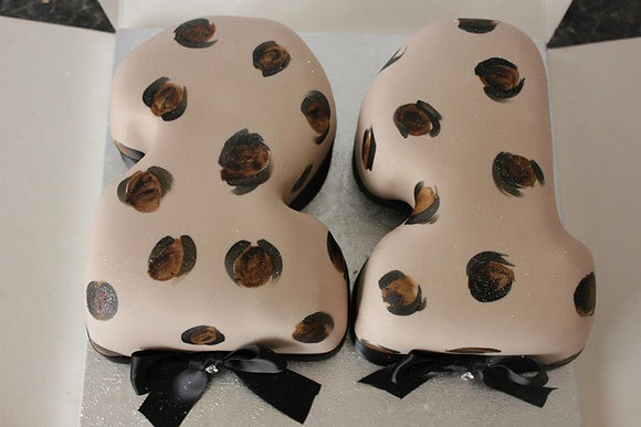 Leopard print number cake