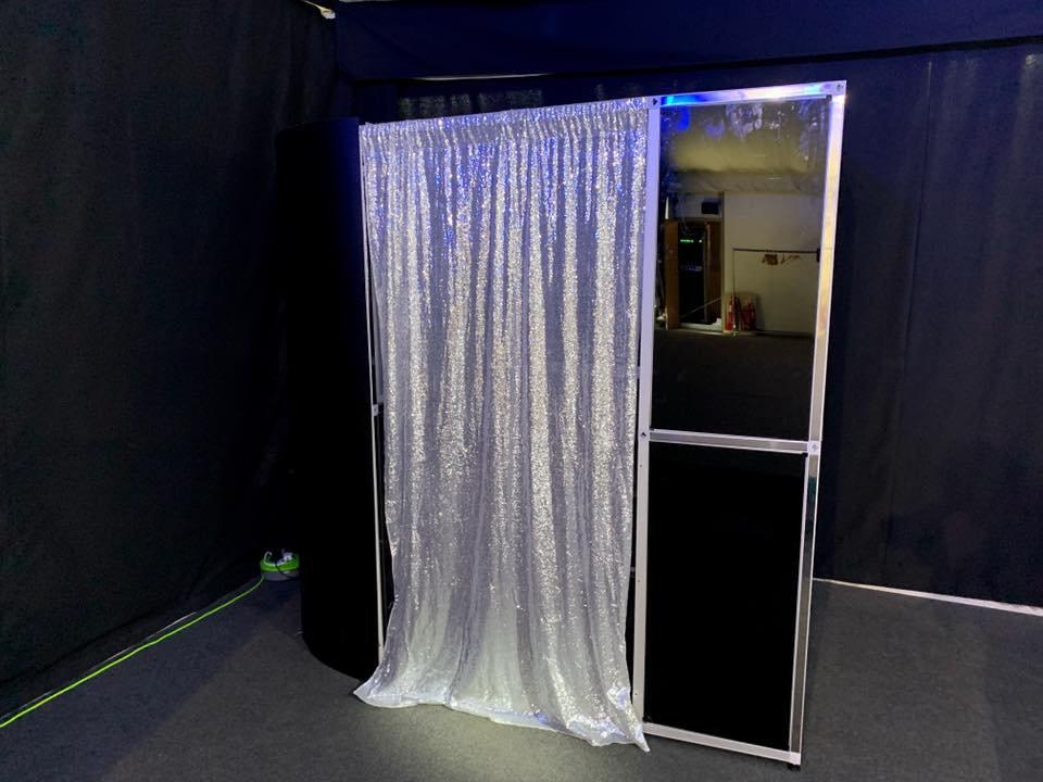 Bronze photobooth hire