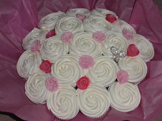 mothers day giant cupcake bouquet