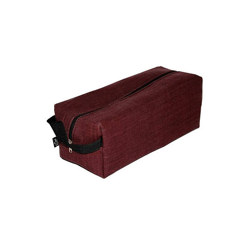 Unisex Box bag in Luxury linen bordeaux side view